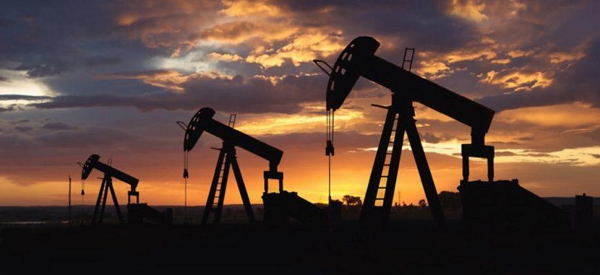 Вышки нефтяные